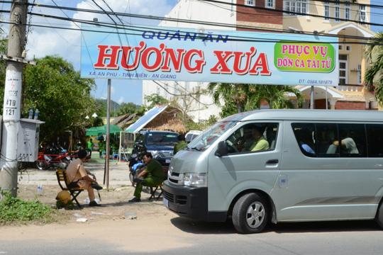 Trung tá Campuchia bắn chết chủ tiệm vàng ở An Giang - 1
