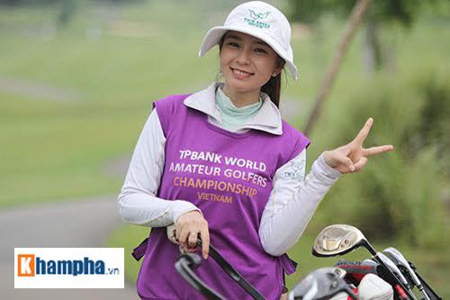 """Golfer nữ vui mừng """"thăng hoa giữa quần hùng"""" - 4"""