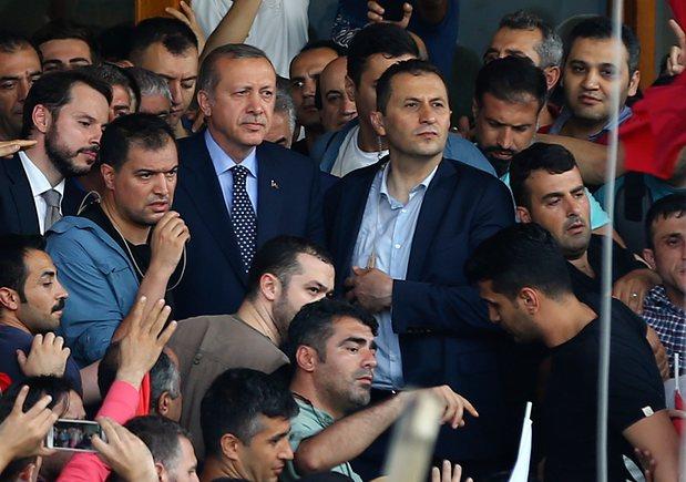 Lý do đảo chính ở Thổ Nhĩ Kỳ bị đè bẹp ngay lập tức - 4