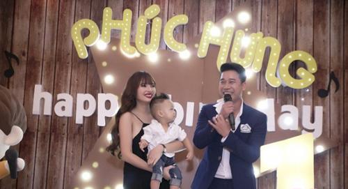 Vợ chồng Lê Hoàng (The Men) khác lạ sau 1 năm sinh con - 3