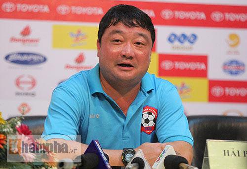 Sài Gòn thua 3 bàn do chủ quan và thủ môn bị tâm lý - 2