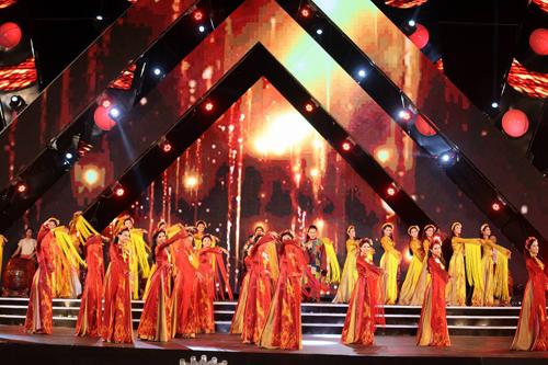 Lộ diện 18 cô gái đẹp nhất Hoa hậu VN phía Bắc - 5