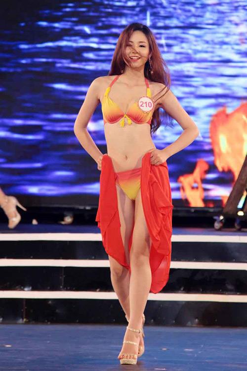 Lộ diện 18 cô gái đẹp nhất Hoa hậu VN phía Bắc - 11