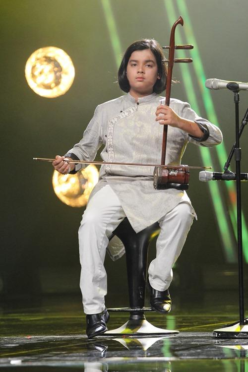Hồ Văn Cường ngơ ngác giành chiến thắng Vietnam Idols Kid - 9