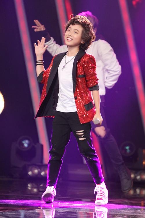 Hồ Văn Cường ngơ ngác giành chiến thắng Vietnam Idols Kid - 10