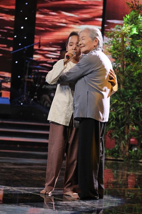 Hồ Văn Cường ngơ ngác giành chiến thắng Vietnam Idols Kid - 6