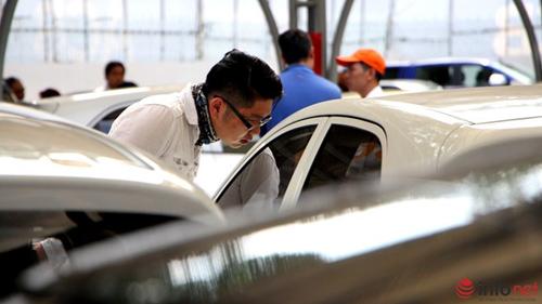Tham quan chợ xe hơi theo kiểu Mỹ tại TP.HCM - 9