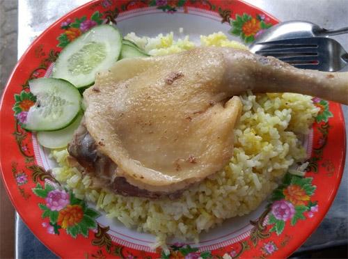 Ăn no bụng với 6 món ngon chỉ 20.000 đồng ở Đà Nẵng - 2
