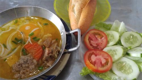 Ăn no bụng với 6 món ngon chỉ 20.000 đồng ở Đà Nẵng - 4
