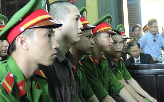 Giáp mặt 3 sát thủ sát hại 6 mạng người ở Bình Phước - 1