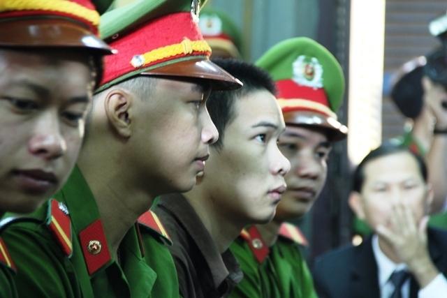 Giáp mặt 3 sát thủ sát hại 6 mạng người ở Bình Phước - 6