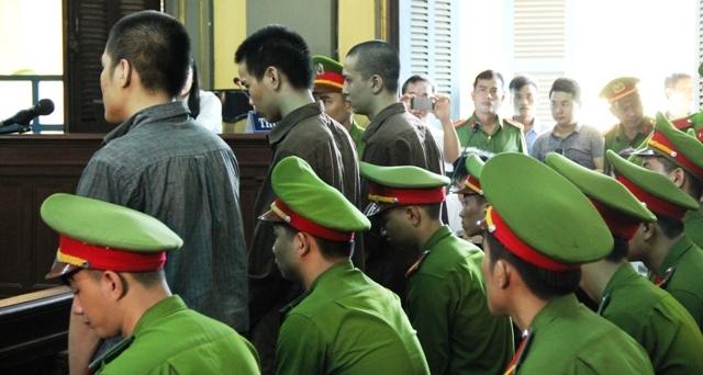 Giáp mặt 3 sát thủ sát hại 6 mạng người ở Bình Phước - 13
