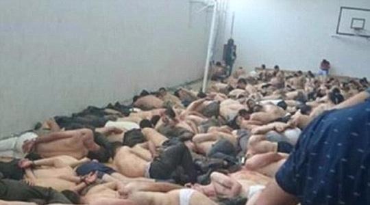 Thổ Nhĩ Kỳ: Những hình ảnh sốc về lính đảo chính - 1
