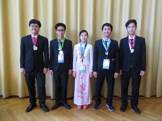 Việt Nam giành 5 huy chương Olympic Vật lý quốc tế - 2