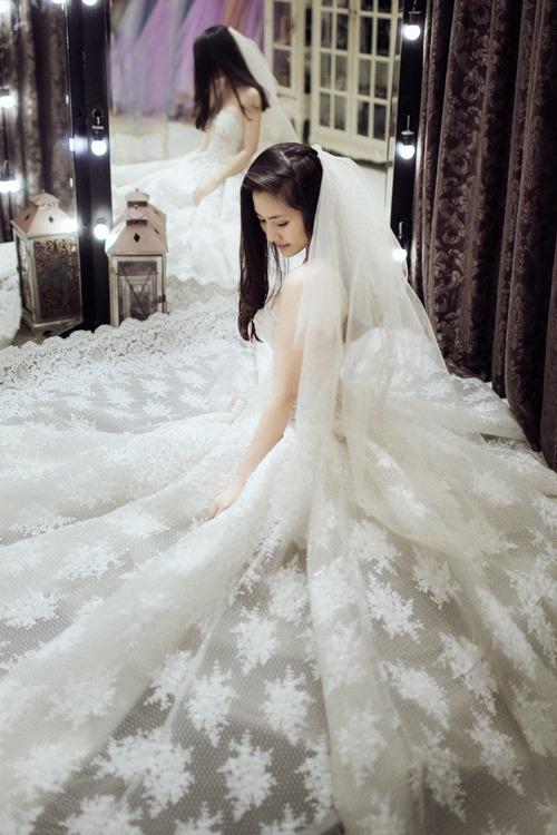Ngọc Lan hạnh phúc mặc váy cô dâu - 2