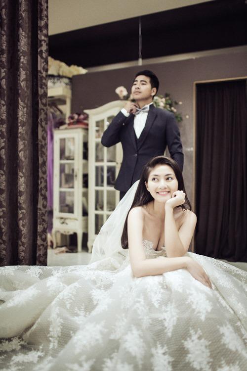 Ngọc Lan hạnh phúc mặc váy cô dâu - 5