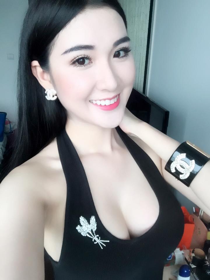 """Mỹ nhân đội Phạm Hương phủ nhận tin đồn """"dao kéo"""" - 6"""