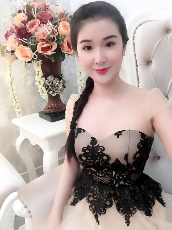 """Mỹ nhân đội Phạm Hương phủ nhận tin đồn """"dao kéo"""" - 10"""