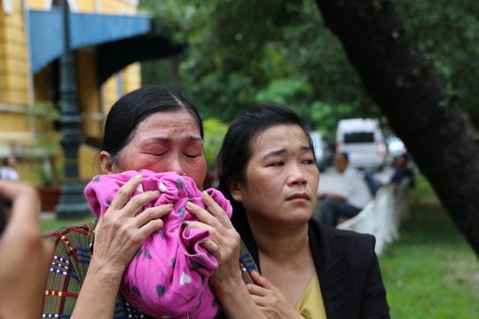 Thảm sát Bình Phước: Mẹ Vũ Văn Tiến nói gì sau khi con bị án tử? - 3