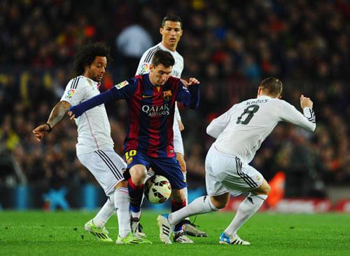 """Barca & Real: Vua trên sân, """"Chúa Chổm"""" ngoài đời - 1"""