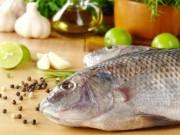 Ẩm thực - Mẹo độc đánh bay mùi tanh khi nấu cá