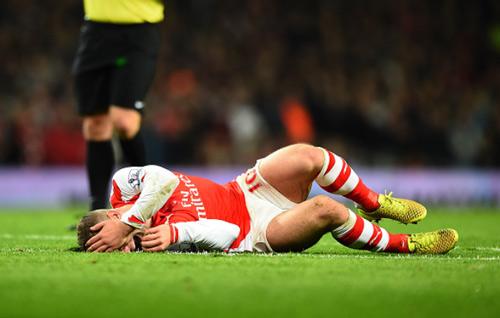 Góc châm biếm - Tưởng tượng năm cuối Wenger ở Arsenal - 2