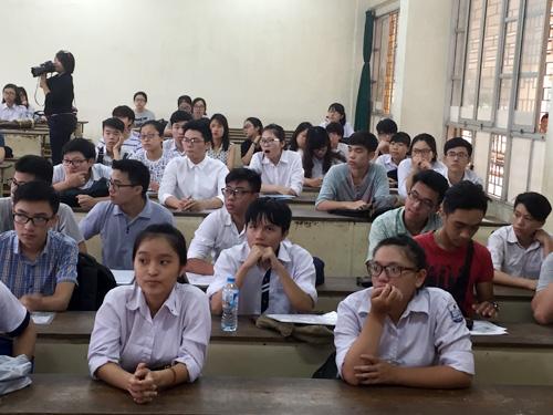 Hàng loạt trường đại học lớn đã công bố điểm thi - 1