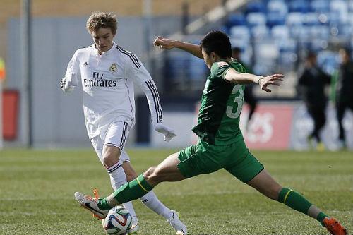 Real: Zidane mâu thuẫn Perez vì thần đồng Odegaard - 1