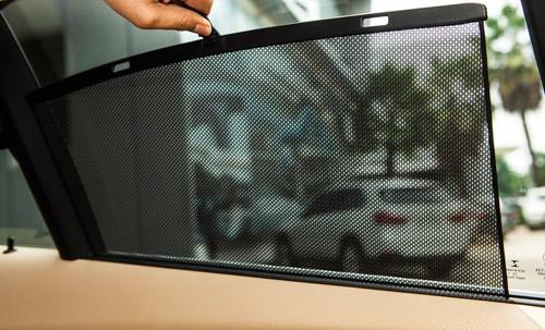 Công nghệ hiển thị thông tin trên kính chắn gió HUD trên xe BMW - 4