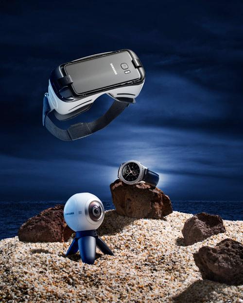 """Galaxy Eco System: Bộ sưu tập thiết bị di động """"tài sắc vẹn toàn"""" - 1"""