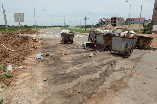 """HN: Sau 2 tháng thông xe, đường nghìn tỷ vẫn """"đóng cửa"""" - 14"""