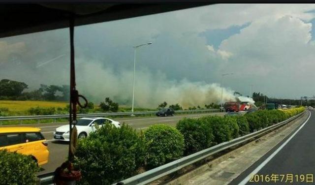 23 du khách TQ chết thảm vì xe buýt cháy ở Đài Loan - 3