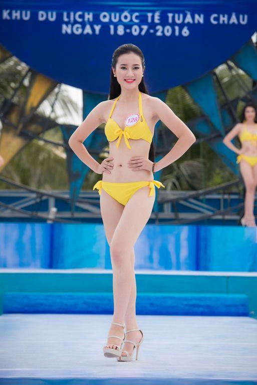Thí sinh HHVN diễn bikini tranh giải Người đẹp biển - 7