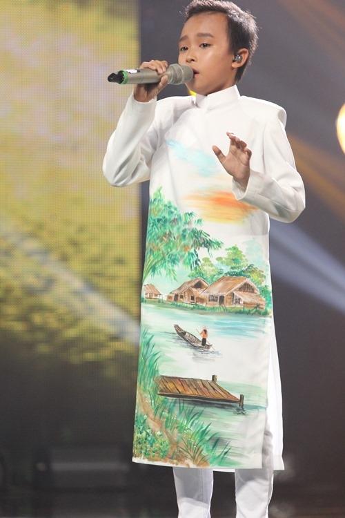 """Hồ Văn Cường bị """"ném đá"""", giám khảo nói gì? - 1"""