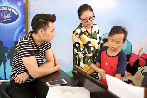 """Hồ Văn Cường bị """"ném đá"""", giám khảo nói gì? - 3"""