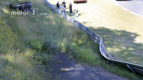 Koenigsegg One:1 giá 2 triệu đô tan tành tại Nürburgring - 5