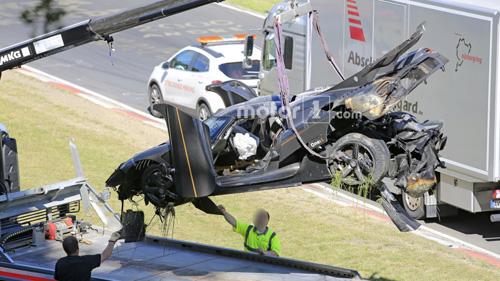 Koenigsegg One:1 giá 2 triệu đô tan tành tại Nürburgring - 8