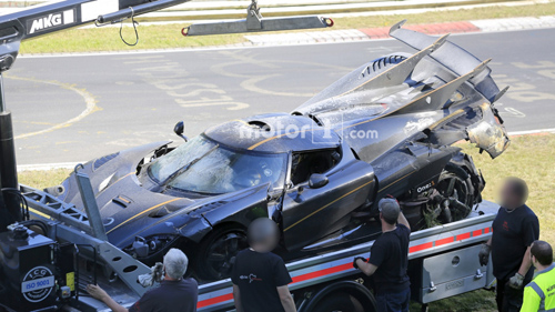 Koenigsegg One:1 giá 2 triệu đô tan tành tại Nürburgring - 9