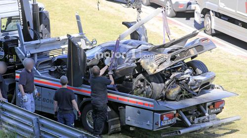 Koenigsegg One:1 giá 2 triệu đô tan tành tại Nürburgring - 10