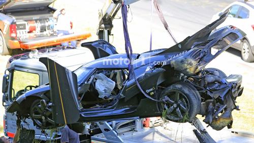 Koenigsegg One:1 giá 2 triệu đô tan tành tại Nürburgring - 13