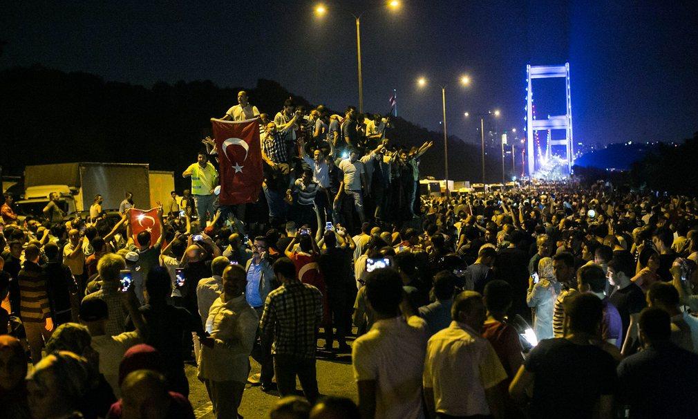 Đảo chính ở Thổ Nhĩ Kỳ suýt chạm đến thành công - 2