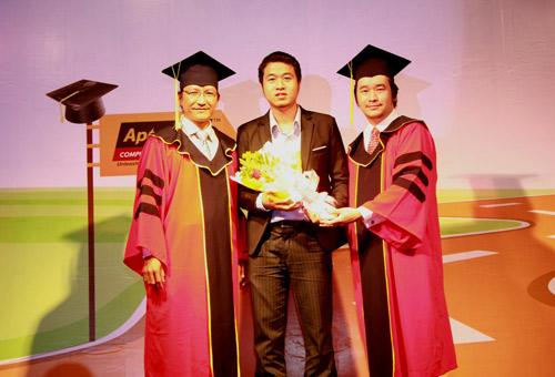 Gặp gỡ chàng giám đốc trẻ đạt Huy chương vàng ICT Vietnam 2016 - 4