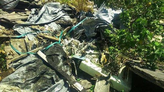 Phát hiện hàng trăm tấn rác nghi của Formosa trong trang trại - 2