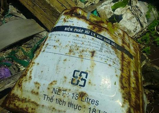 Phát hiện hàng trăm tấn rác nghi của Formosa trong trang trại - 3