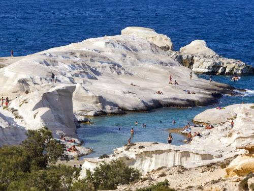 """12 hòn đảo Hy Lạp """"chiều lòng"""" đủ kiểu du khách - 5"""