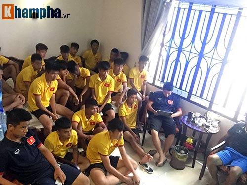 """Đấu U16 Campuchia, U16 Việt Nam không """"khinh địch"""" - 1"""