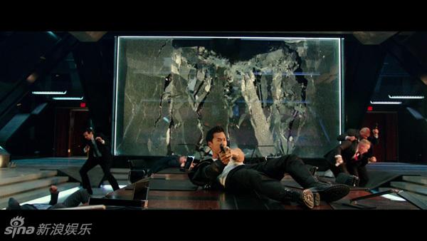 Chân Tử Đan tung đòn hiểm trong bom tấn của Vin Diesel - 2