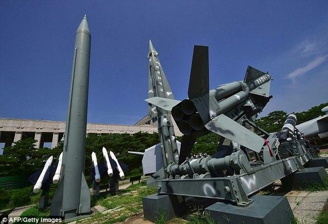 Vì sao Triều Tiên bắn một mạch 3 tên lửa đạn đạo? - 2