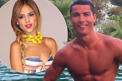 Lộ bạn gái tin đồn mới đẹp tuyệt trần của Ronaldo - 1