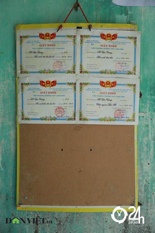 Nhà đơn sơ ở quê của Hồ Văn Cường - 7